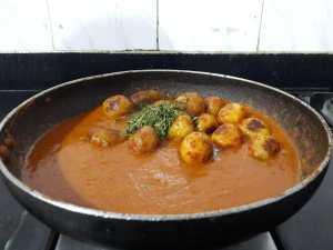 NAPT7627-300x225 Restaurant Style Punjabi Dum Aloo