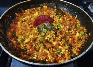 QWWN9879-300x217 Crumbled Indian Cheese Curry/Paneer Bhurji (Dhaba Style)