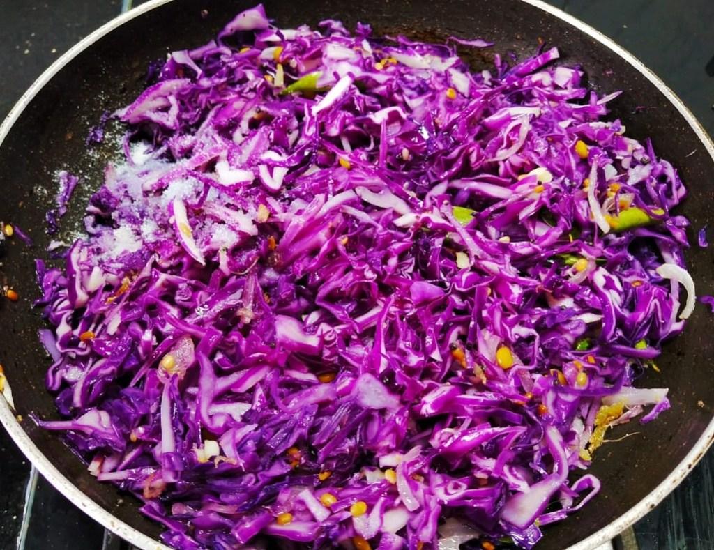 TDPY7434-1024x789 Karnataka Style Purple Cabbage Stir Fry/ Purple Cabbage Palya (Cabbage Poriyal)
