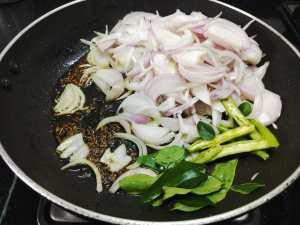 UVMC8197-300x225 Dry Onion Curry with Gram Flour/Besan Pyaaz Ki Subzi