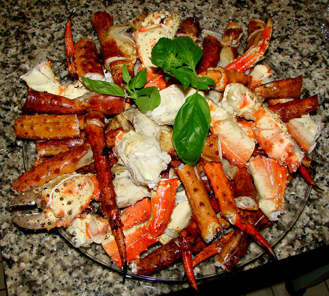 of course we had all the sides including alaskan king crab legs