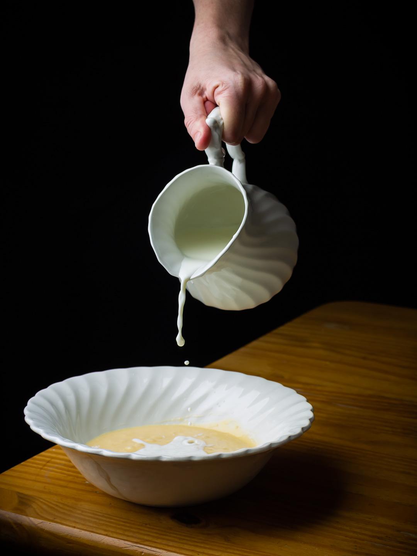 Beslag voor pannenkoeken- batter for pancakes - Photography © Gitta Polak www.tastyshot.nl