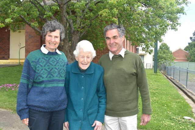 Anne Browning, Sheila Gardner, and Nick Browning are all members of Tumut's Lifelong Learners.