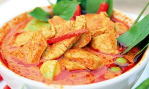 Thai-Chicken-Red-Curry-500x300