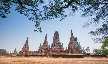 ayutthaya-3-wat-chaiwatthanaram-4-500x300