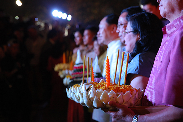 Loi Krathong Festival 2016 will show respect to His Majesty King Bhumibol Adulyadej