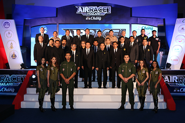 H.E. General Thanasak Patimaprakorn, Thailand's Deputy Prime Minister; Mr. Pongpanu Svetarundra, MOTS Permanent Secretary; Mr. Sakol Wannapong, SAT Governor; Admiral Paladej Charoenpool, Royal Thai Navy's Deputy Commander-in-Chief; Mr. Jeff Zaltman, Air Race 1 CEO; and Mr. Vichate Tantiwanich, Thai Beverage PCL Senior Vice President as well as distinguished guests at the joint press conference to announce the launch of the Air Race 1 Thailand Presented by Chang at the Sports Authority of Thailand's headquarters in Bangkok.