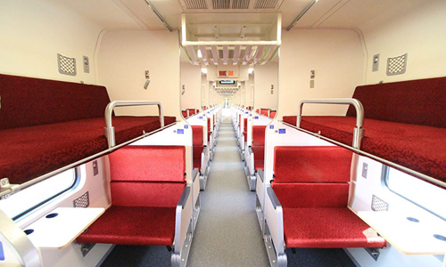 sleek-new-railway-carriages-500-9