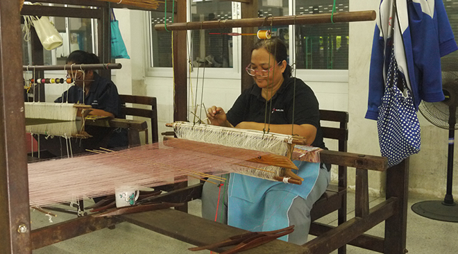 Appreciate the artisans of Bang Sai Royal Folk Arts and Crafts Center in Ayutthaya