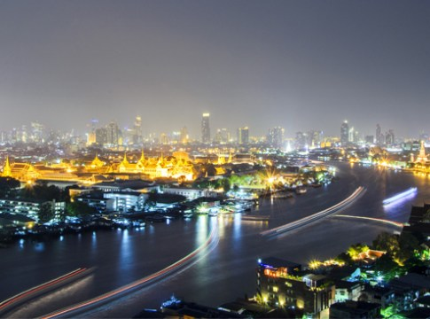 Bangkok - Chao Phraya River at night
