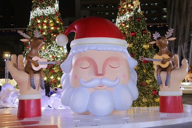 CentralWorld Bangkok lights up for the holiday season