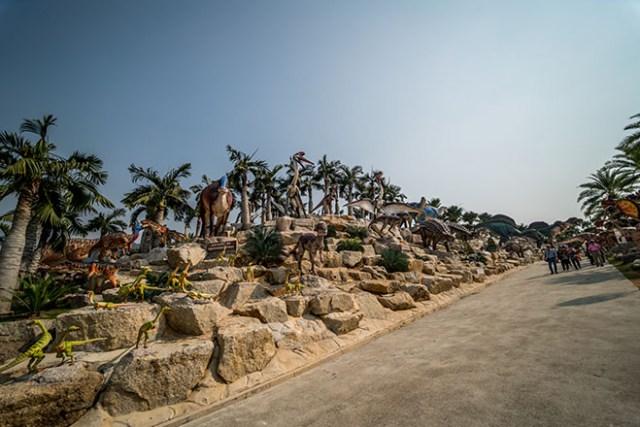 Dinosaur Valley, Nong Nooch Tropical Botanical Garden