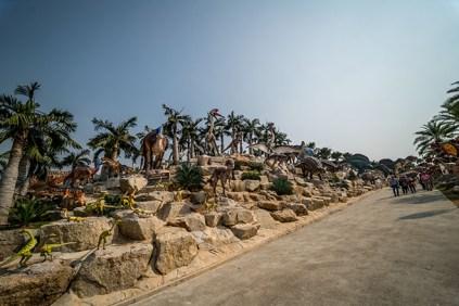 Dinosaur Valley - Nong Nooch Tropical Botanical Garden