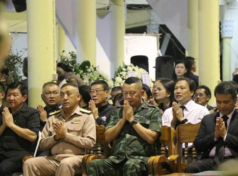Chanting ceremony held for 34 victims at Wat Kosit Wihan