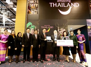 TAT presents Thailand Elite Cards to British Cave Rescuers at WTM 2018