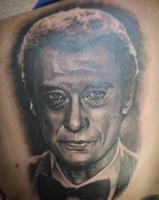 Portrait Tattoo De Johnny Hallyday