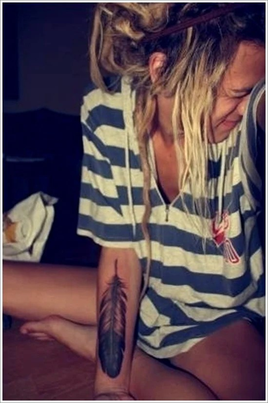 Feather Tattoo Designs (30)