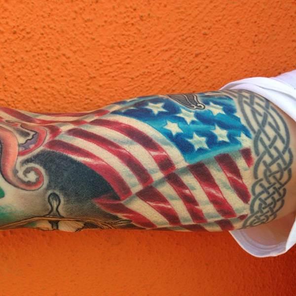 17160916-american-flag-tattoos