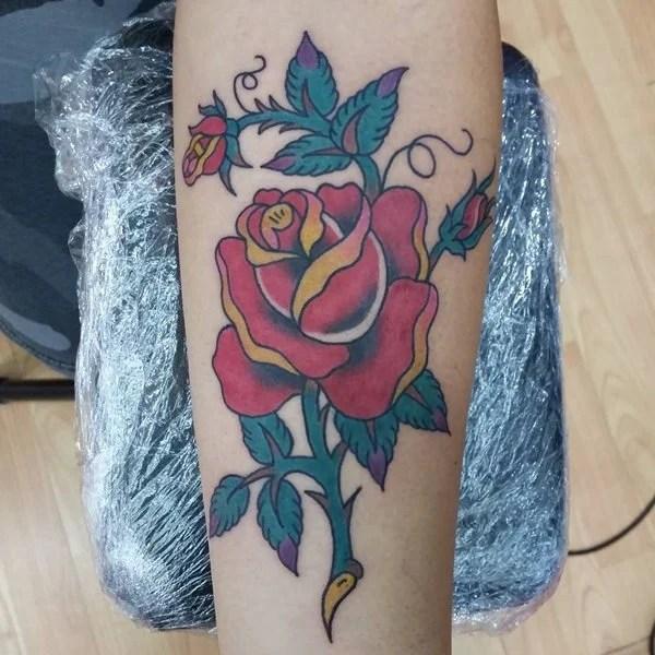 18280816-rose-tattoos