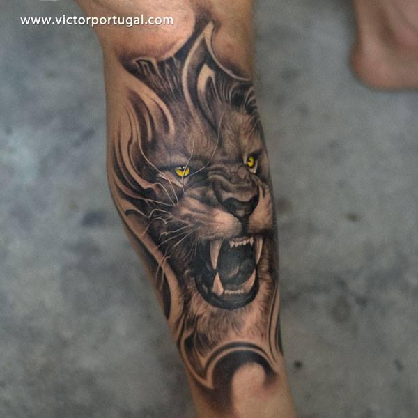 Hand Tattoos Lion