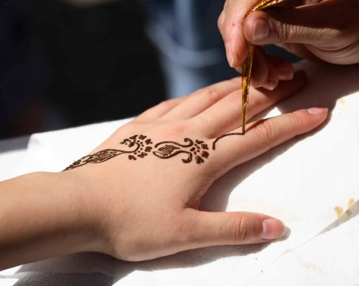 application of henna in process