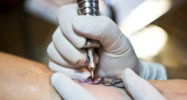 health risks of tattoos and risk tattoo