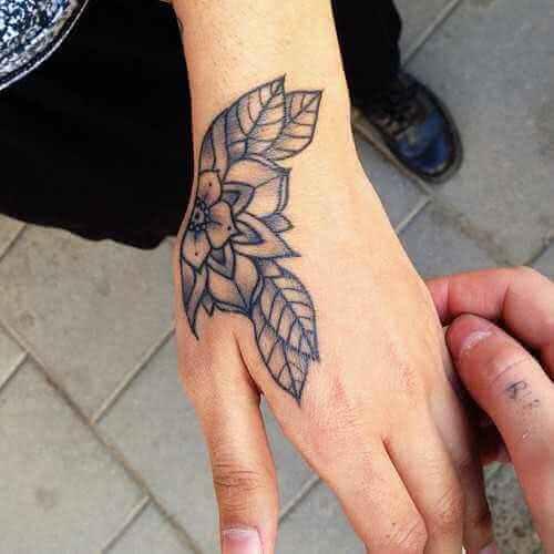 Tattoo Blumen Hand-Tattoo