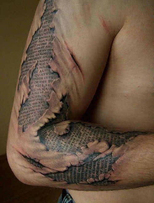 Tattoo Buch unter der Haut