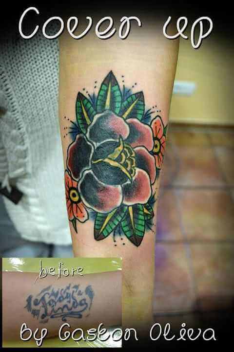 Tattoo Cover up Blume Arm