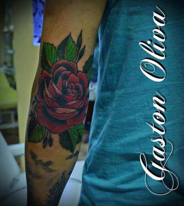 Tattoo rote Rose Arm Tattoo
