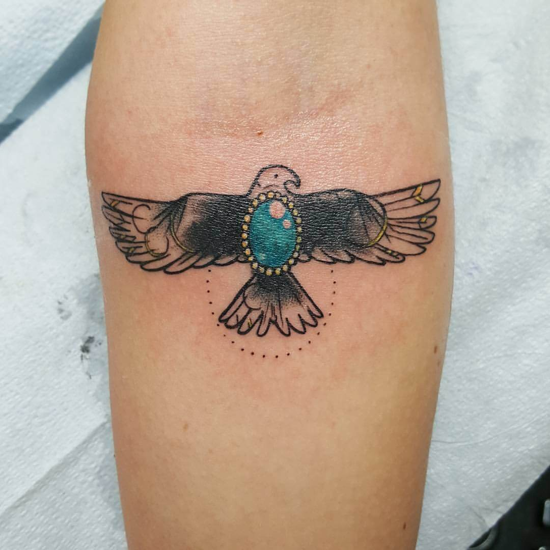 Tattoo Adler mit Edelstein