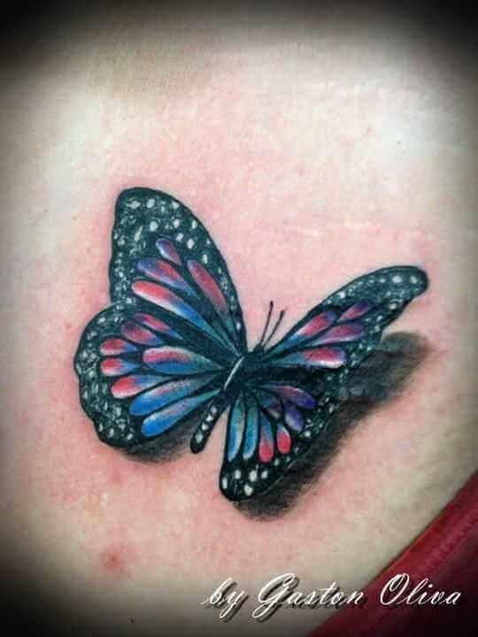 Tattoo Bunter Schmetterlin mit Schatten
