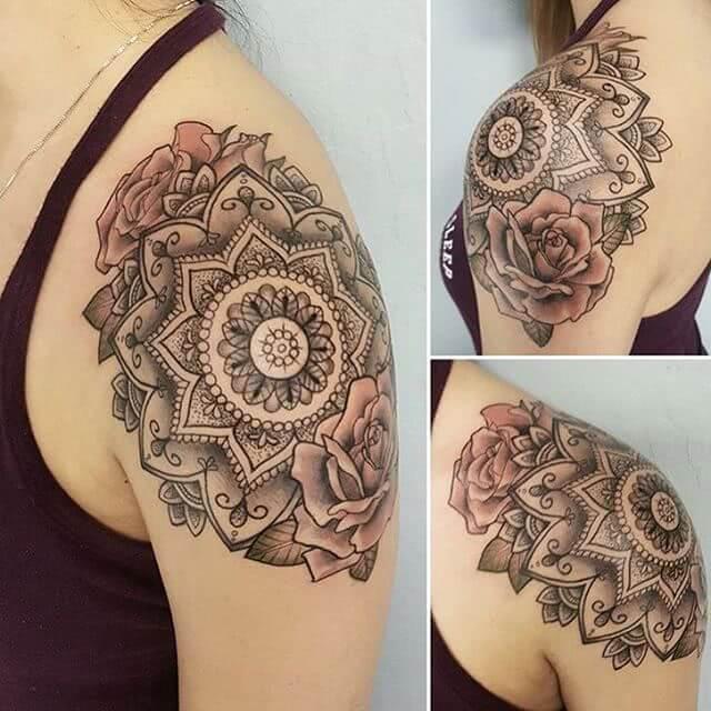 Tattoo großes Mandala mit Rosen