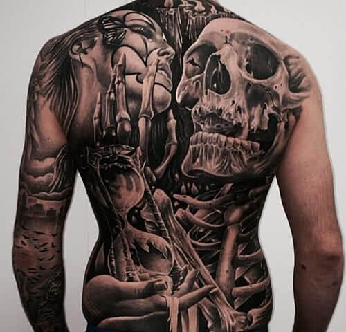 Tattoo Kompletter Rücken tätowiert