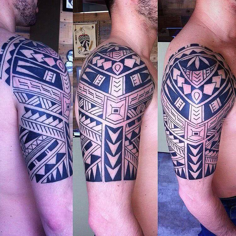 Tattoo Oberarm Maori Tattoo