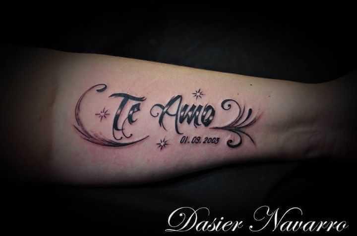 Tattoo Te Amo mit Feder Unterarm