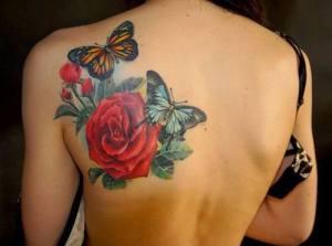 Flor Rosa y Pimpollos con Mariposas