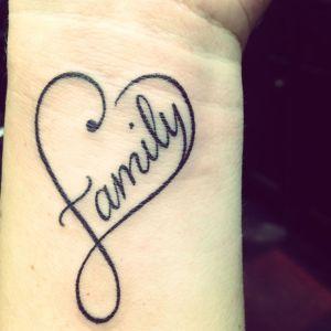 Signo Infinito, Corazón y Frase: Family