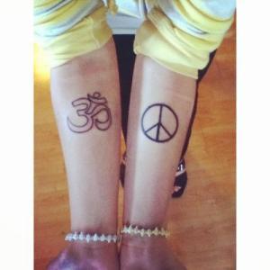 Símbolo Om y Símbolo de la Paz