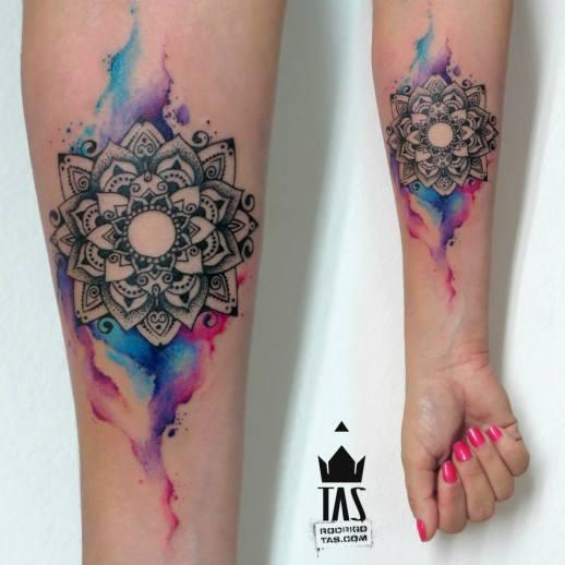 Mandala estilo Acuarelas by Rodrigo Tas