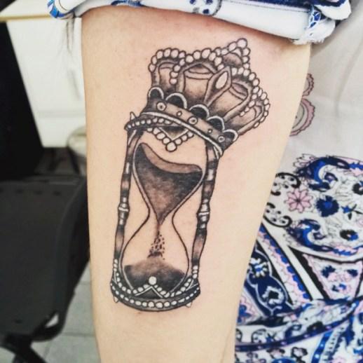Reloj del Tiempo y Corona