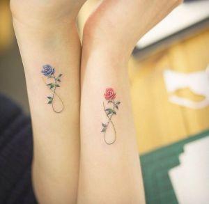 Signo Infinito de Flores Rosas