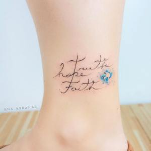 Frase: Truth Hope Faith por Ana Abrahão