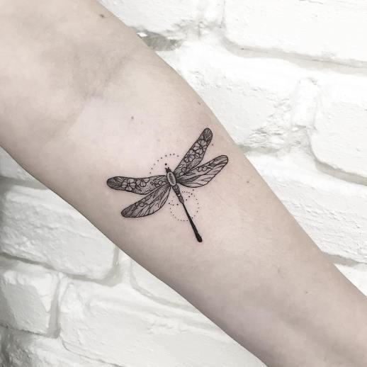 Libélula por Terryemi Tattoo