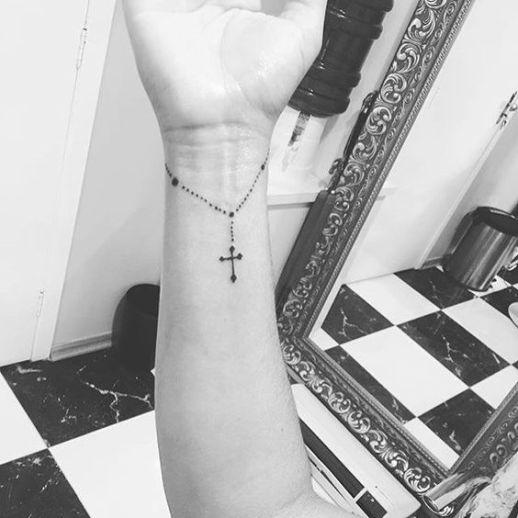 Rosario con cruz estilo pulsera