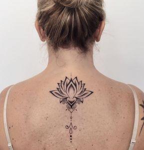 Flor de loto por Sara Dottori, Judilda