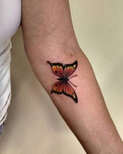 Mariposa por Diego Souza Barba Tatoo