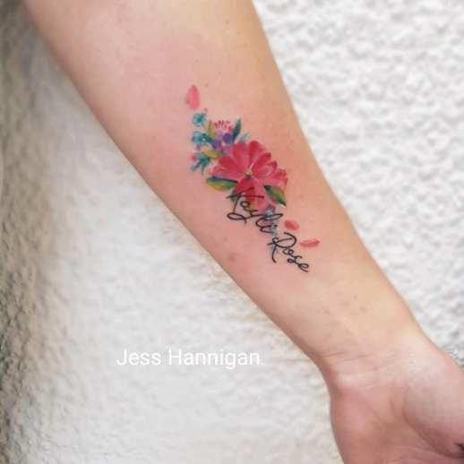 Nombre y flores por Jess Hannigan
