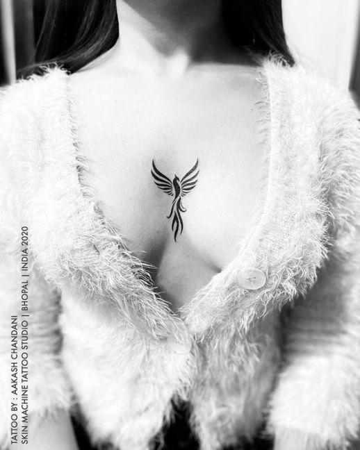 Ave Fénix por Skin Machine Tattoo Studio, Aakash Chandani