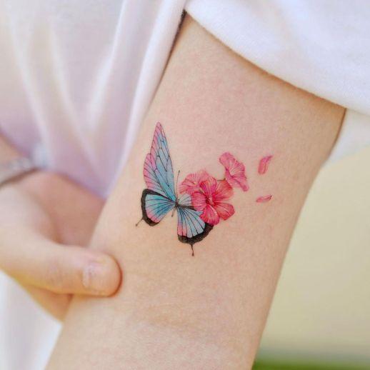 Metamorfosis de Mariposa a flores por Studio by Sol, Song E. Tattoo